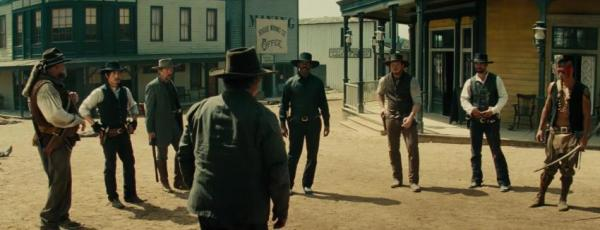 ethan-hawke-denzel-washington-vincent-donofrio-byung-hun-lee-and-chris-pratt-in-the-magnificent-seven-2016