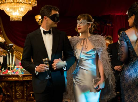 rs_1024x759-170203103745-1024-10-50-fifty-shades-darker