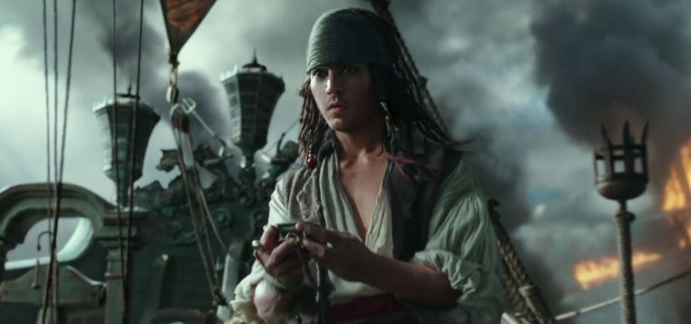 pirates-of-the-caribbean-dead-men-tell-no-tales-official-trailer-2-3